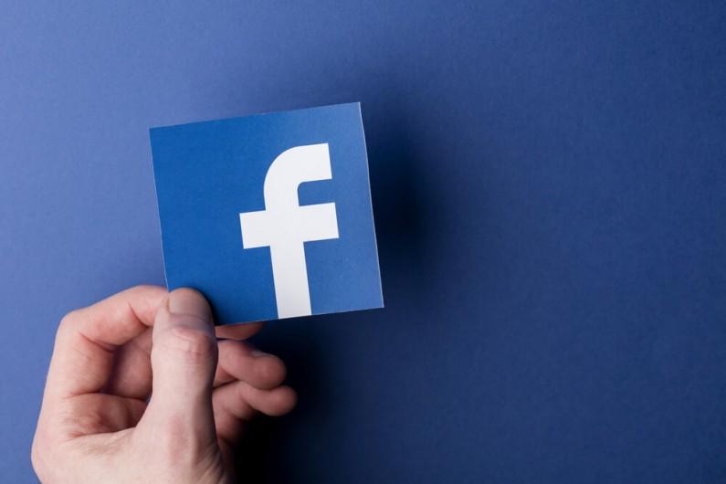 Czy Facebook wpływa na gospodarkę w Europie?