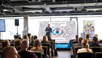 Multiscreen Day 2020 – Życie na sześciu calach. Jak dotrzeć do młodej generacji?
