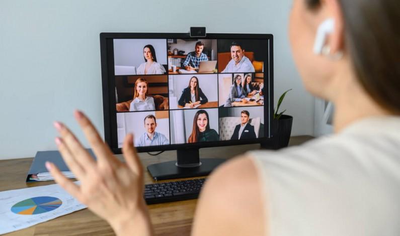 Facebook umożliwi transmisję live połączeń w Messenger Room