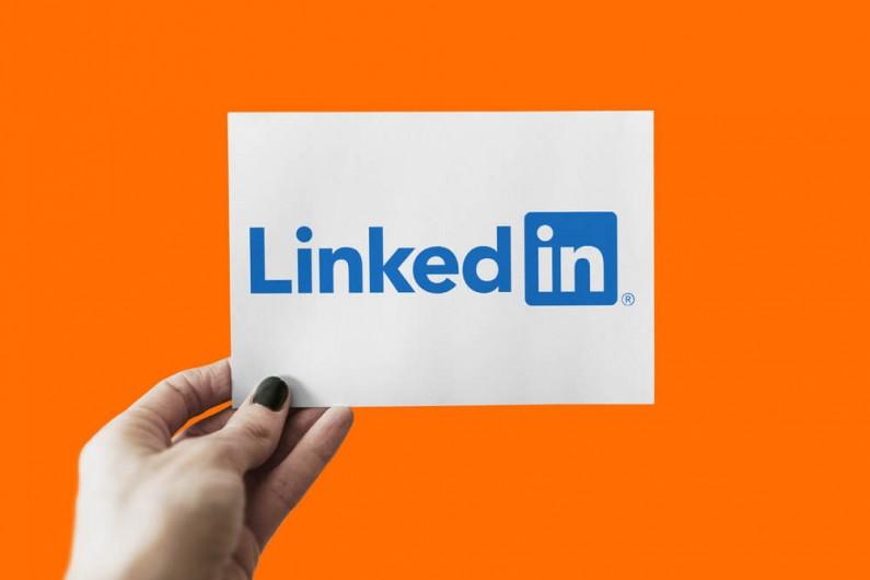 LinkedIn wprowadza nowe zasady bezpieczeństwa w trakcie rozmów