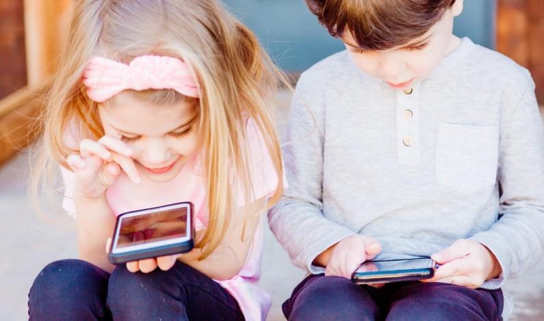 Czego powinni bać się rodzice dzieci, które posiadają swoje konta w mediach społecznościowych?