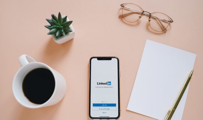 LinkedIn dodaje nowe narzędzia, które mają łączyć pracowników