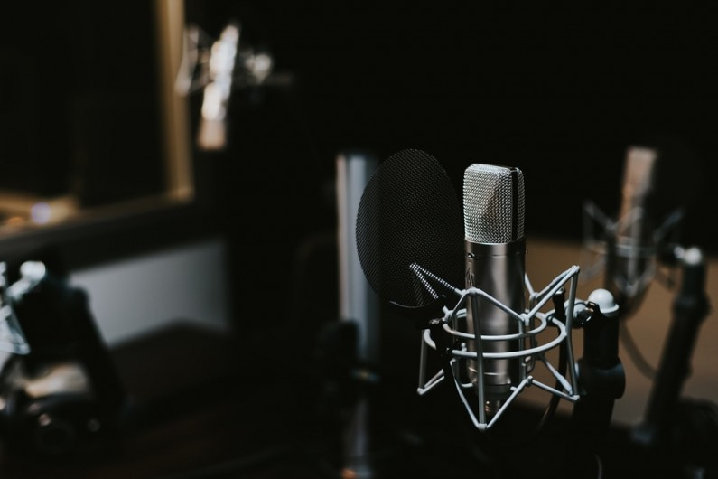 Jaki sprzęt do nagrywania podcastów wybrać?