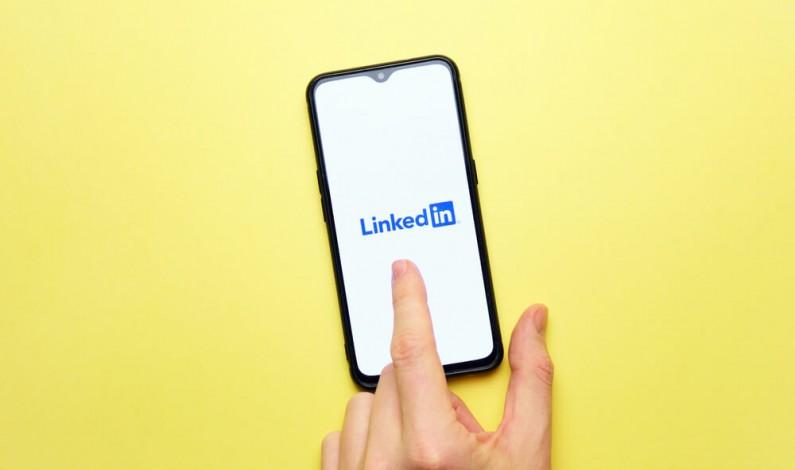 Swipe up do linku na LinkedIn jednak nie dla wszystkich. Serwis dał dwa warunki