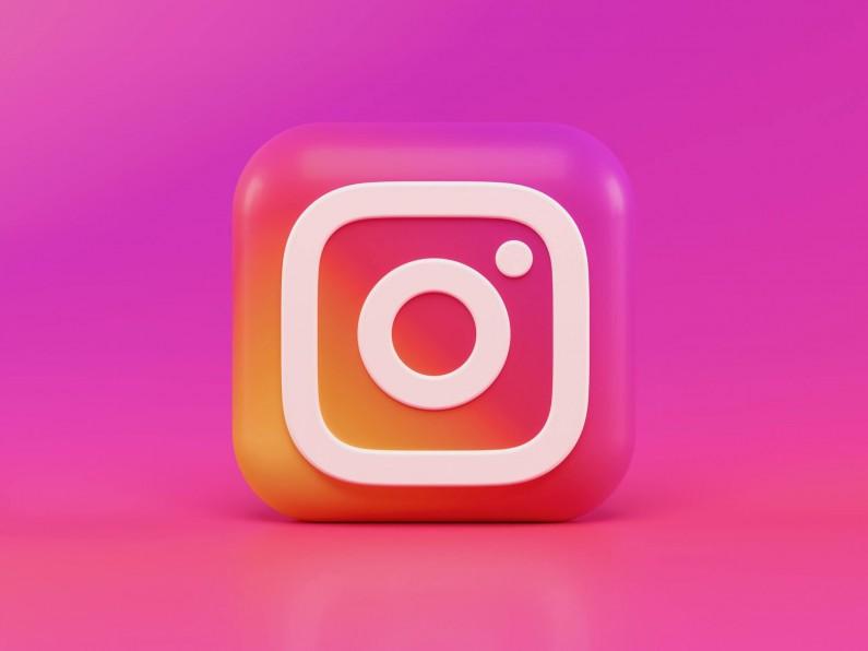 Instagram testuje nowe naklejki, jako szybką odpowiedź na Stories