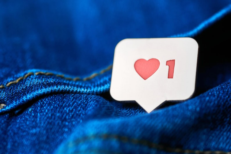 Instagram testuje automatyczne dodawanie napisów na Stories