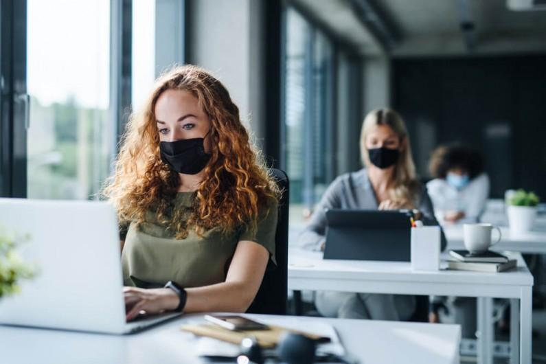 Polskie firmy w obliczu pandemii – raport Facebooka