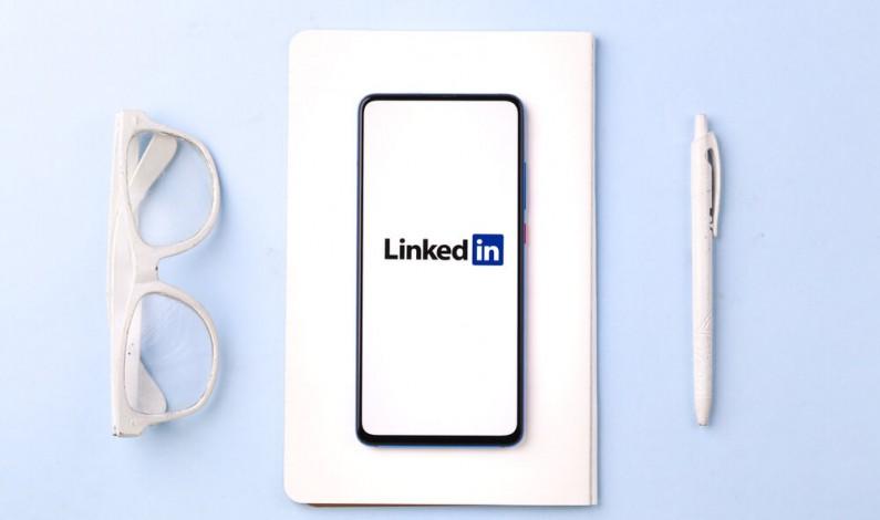 Fałszywe konta na LinkedIn? Oto kilka wskazówek ułatwiających ich rozpoznanie