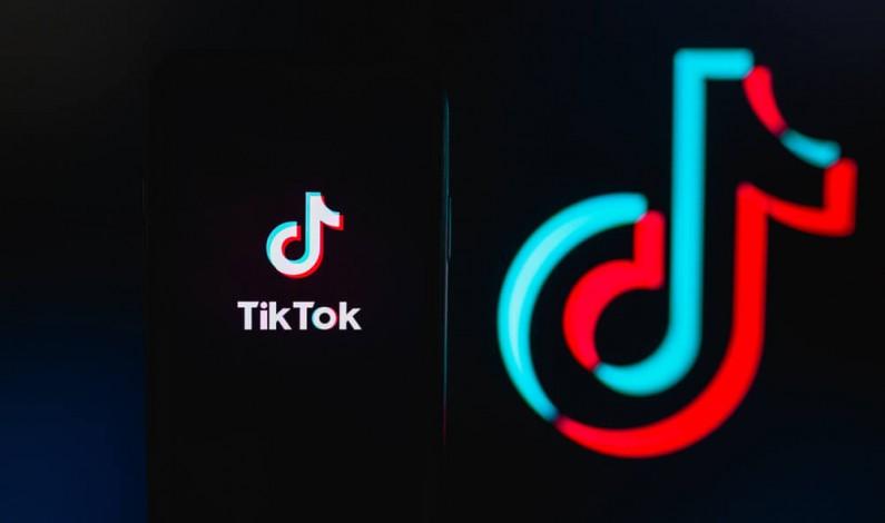 TikTok daje wskazówki firmom jak tworzyć angażujące wideo