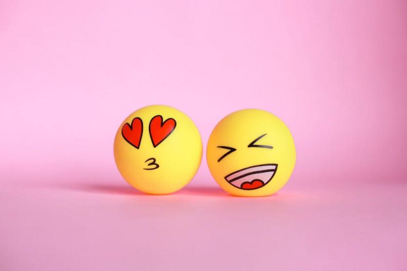 Trwają testy reakcji w stylu emoji na Twitterze