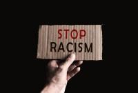 Facebook usunął historyczne zdjęcia z Papui-Nowej Gwinei. Został oskarżony o rasizm i dyskryminację
