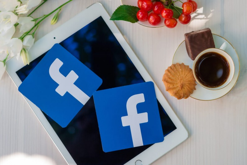Publiczne komentarze wyświetlane w relacjach – oto nad czym pracuje Facebook