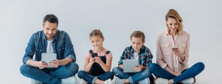 Mamo, Tato – czy mogę już korzystać z Facebooka?