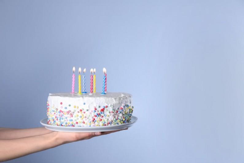 Instagram spyta użytkowników o datę urodzenia