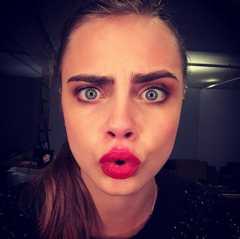 http://instagram.com/caradelevingne/