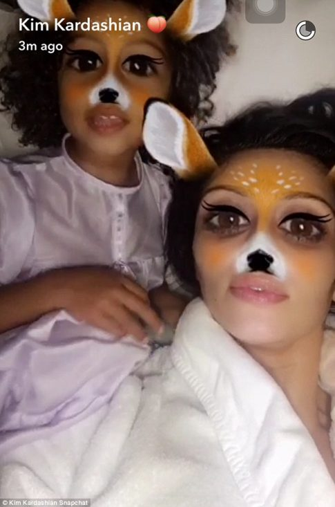 Kim Kardashian/Snapchat, fot. dailymail.co.uk