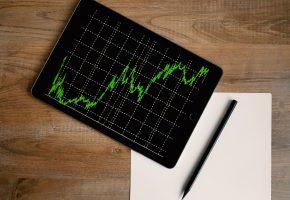 StockSnap_RM676MH2KP
